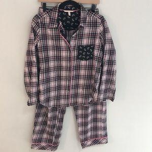 NWOT Victoria's Secret flannel sleep set - XS